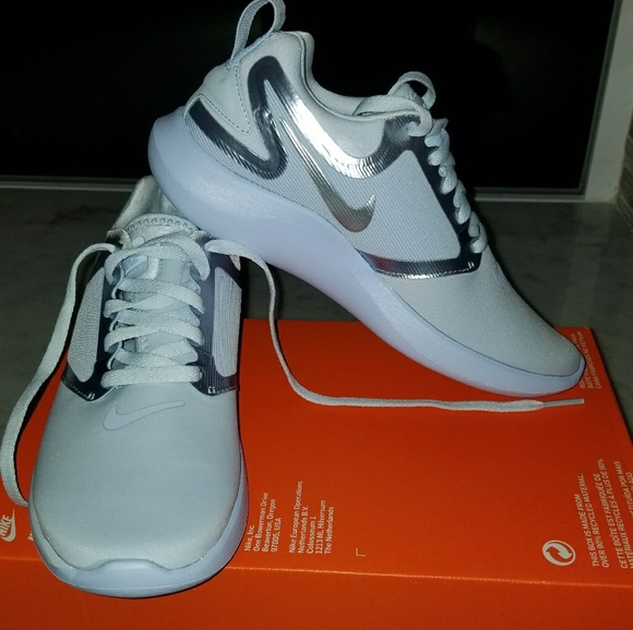 Nike Shoes | Nike Lunarsolo Youth 35